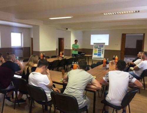 Spoločné pracovné stretnutie mladých ľudí a dospelých občanov v obci Zábiedovo